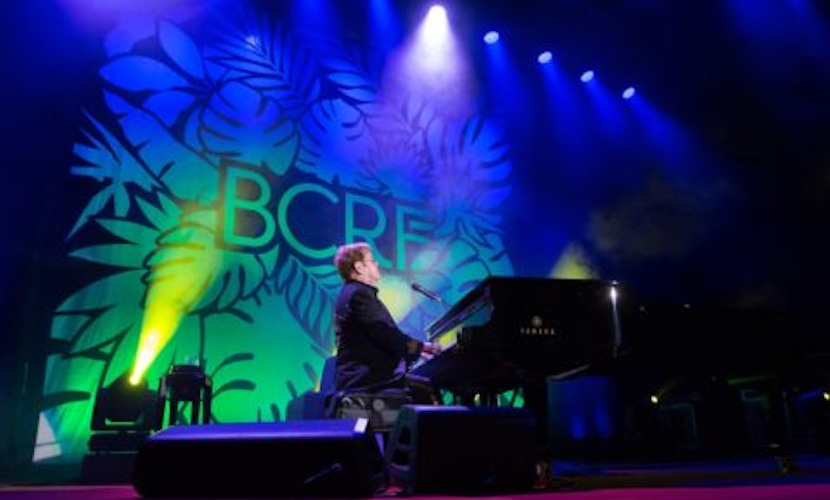 Piano entertainment green and blue stage lighting