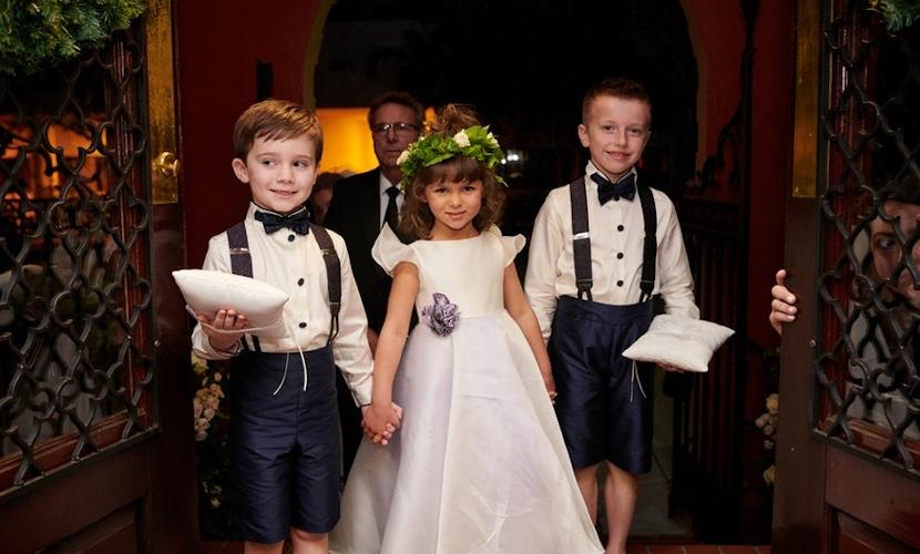little kids at wedding