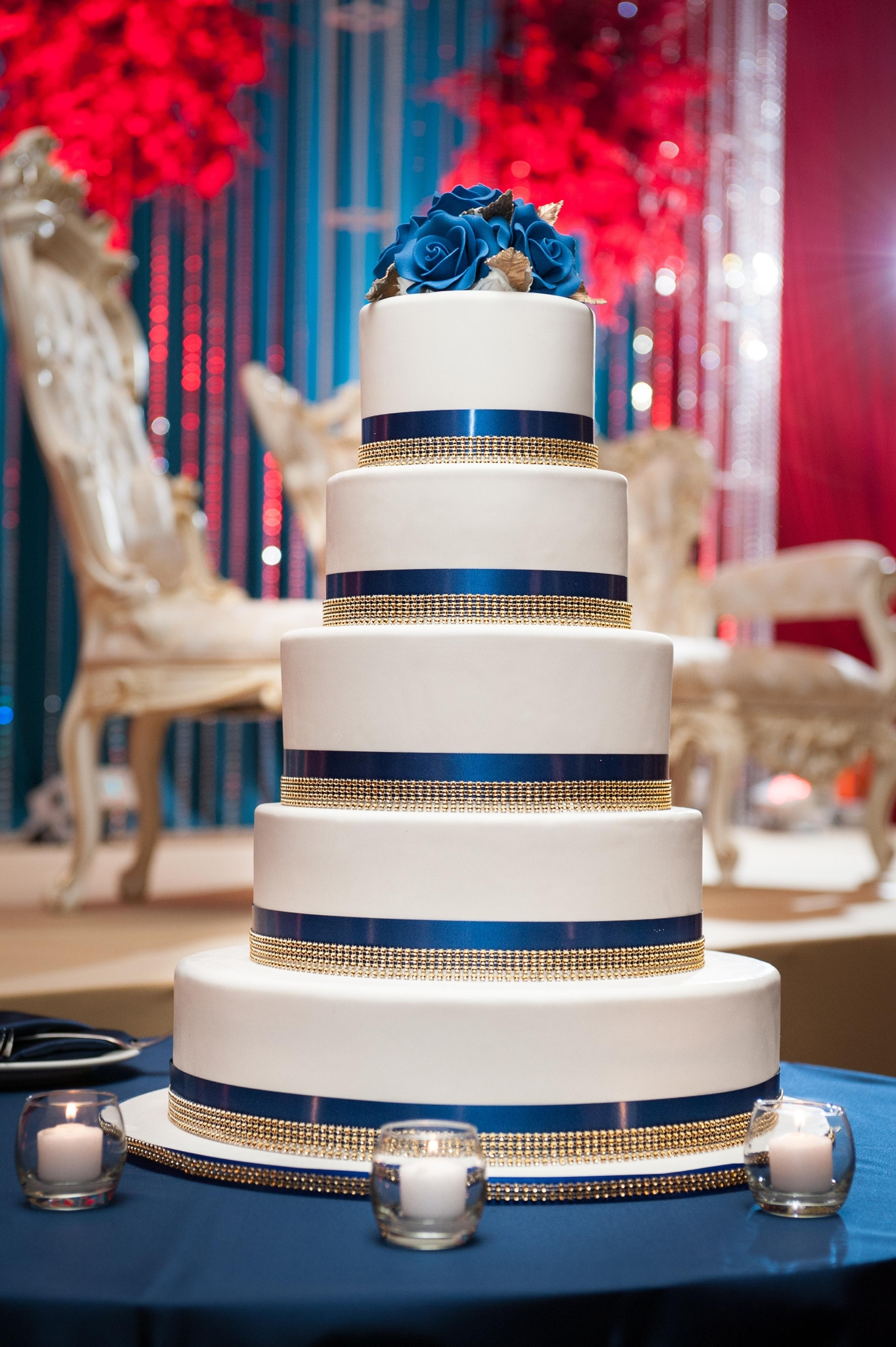 Red, white and blue wedding cake