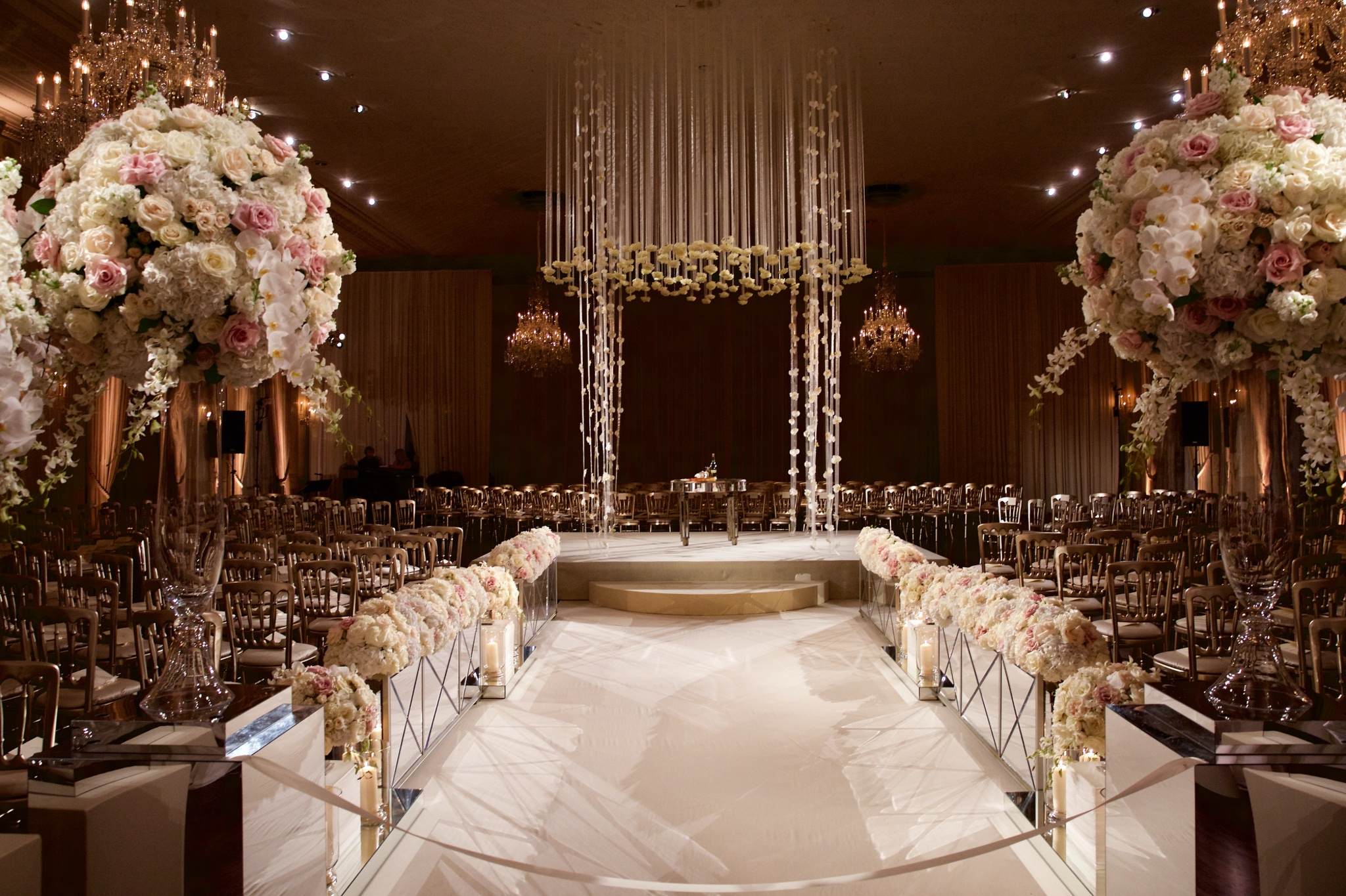 Wedding Aisle Ideas - The Standard Club
