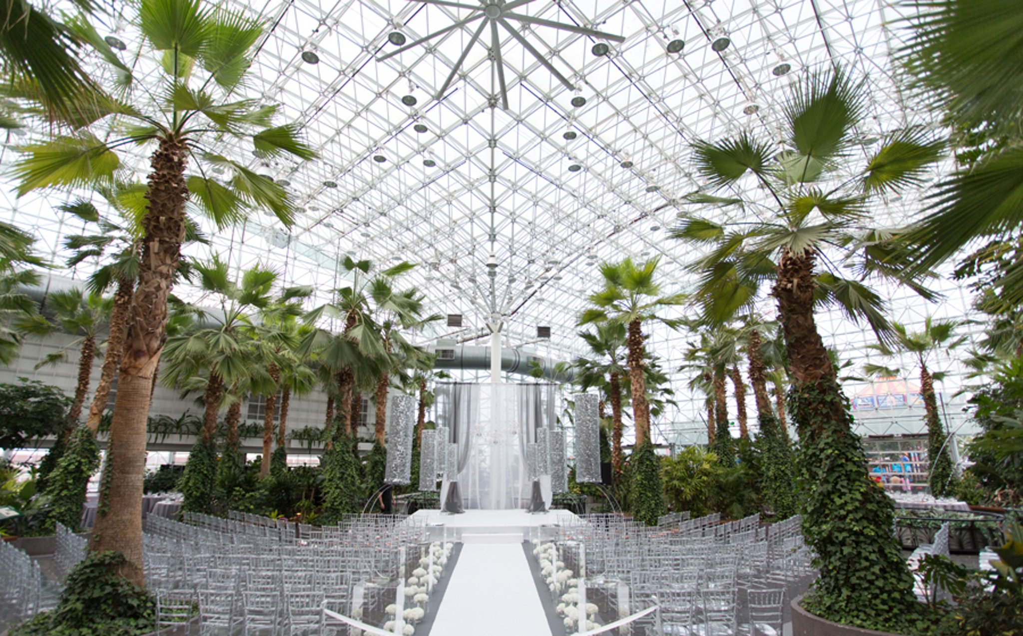 Wedding Aisle Ideas - Crystal Gardens at Navy Pier