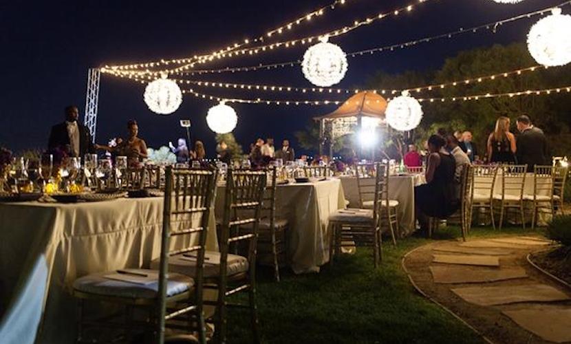 Las Vegas backyard wedding idea - decor