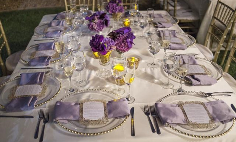 Las Vegas backyard wedding idea - table setting
