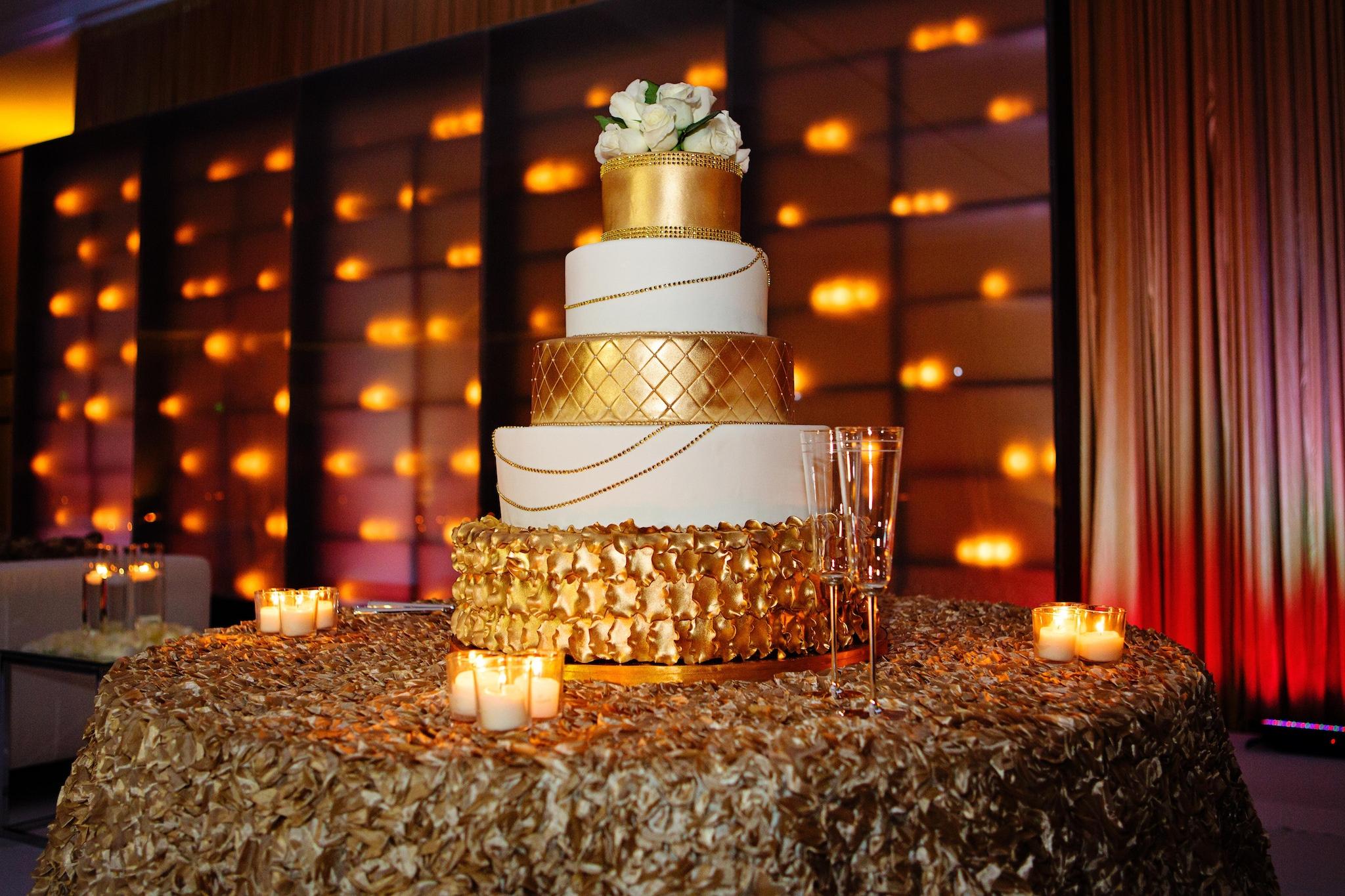 Gold wedding cake idea