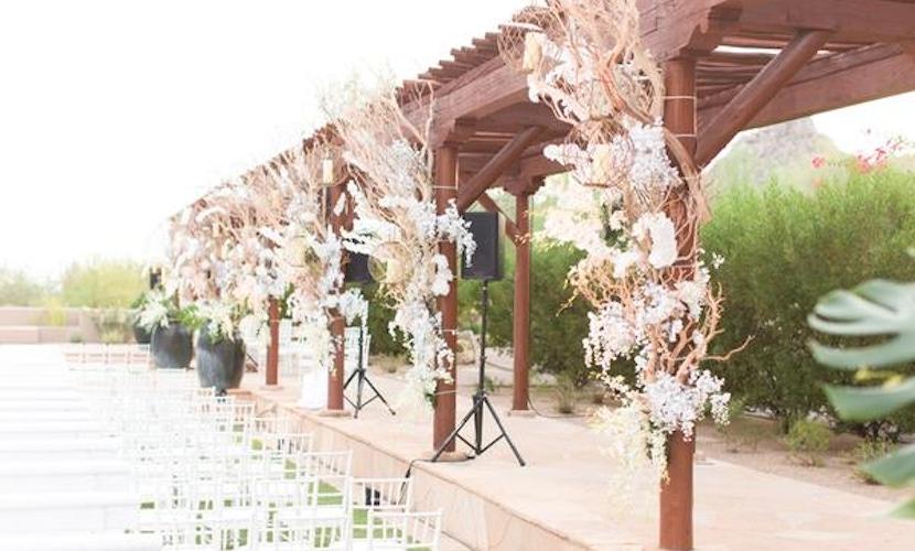 White wedding Scottsdale - floral