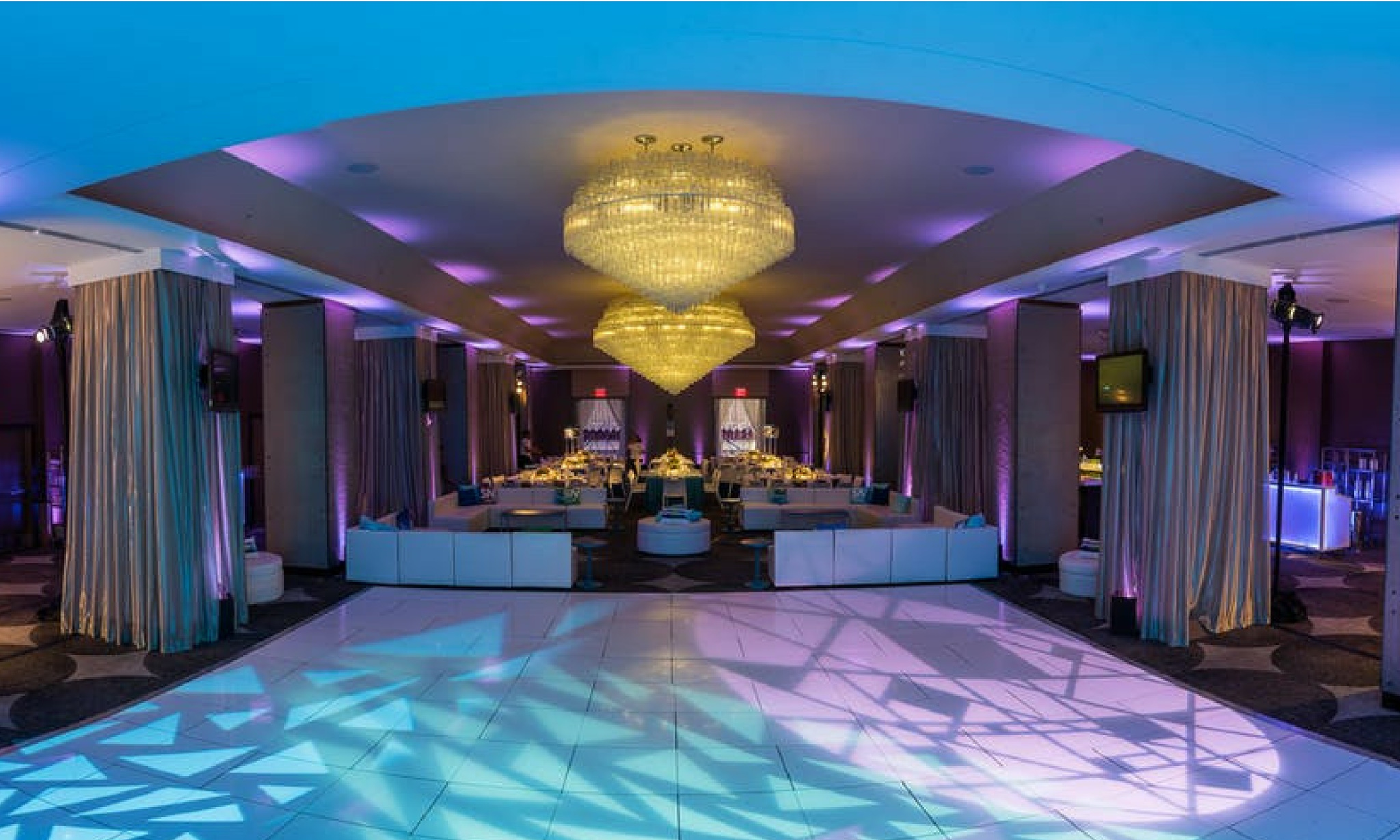 dramatic blue and purple dance floor lighting at w washington d.c.