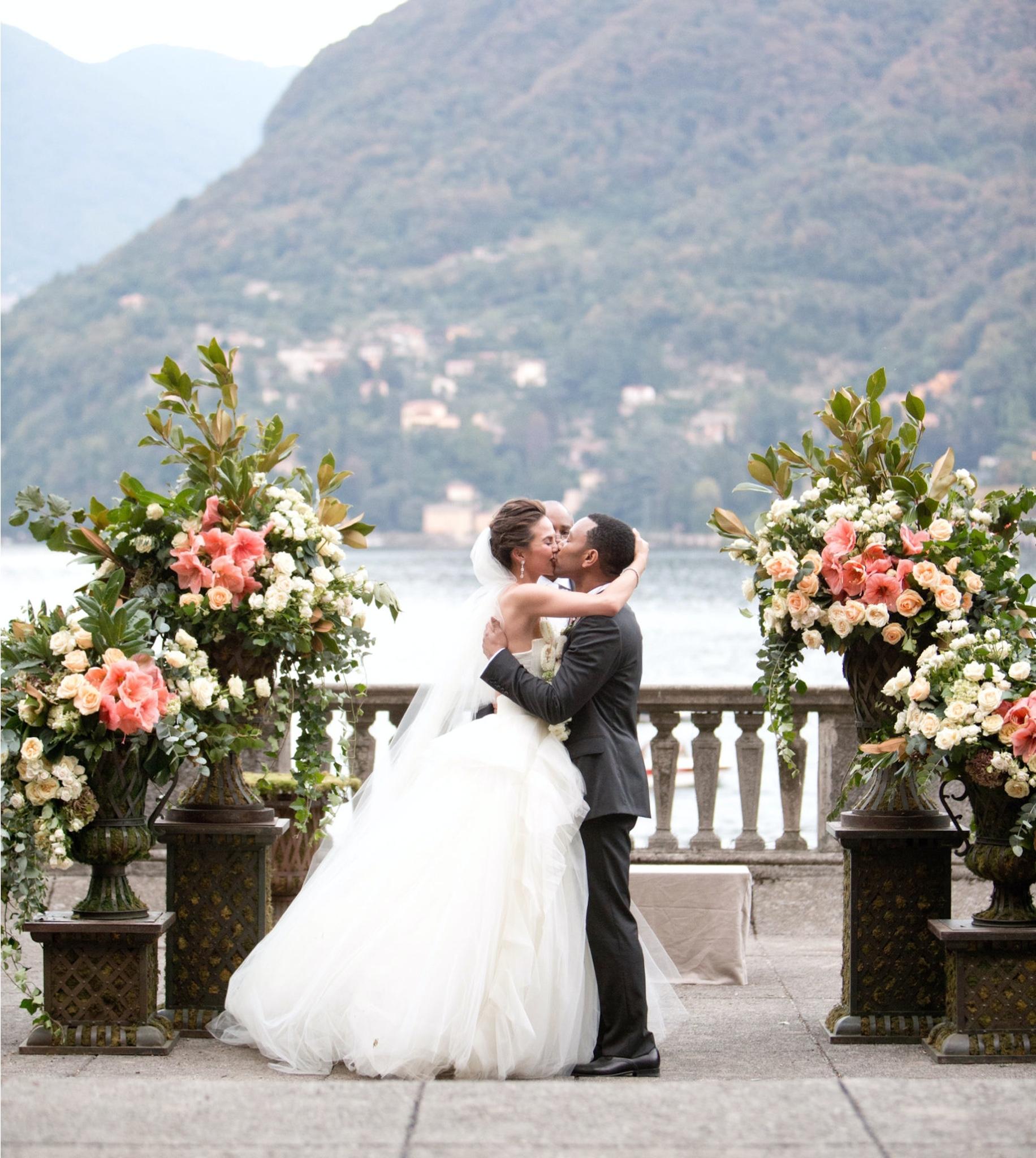 John legend chrissy teigen wedding