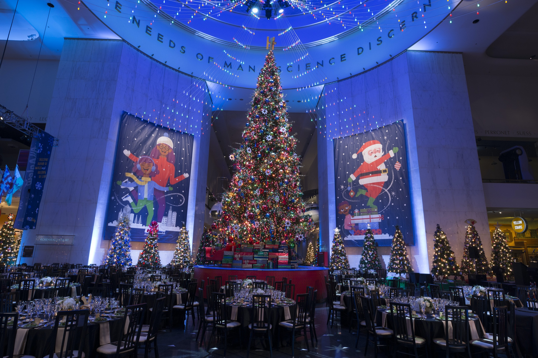Christmas tree at Museum of Science & Industry Chicago