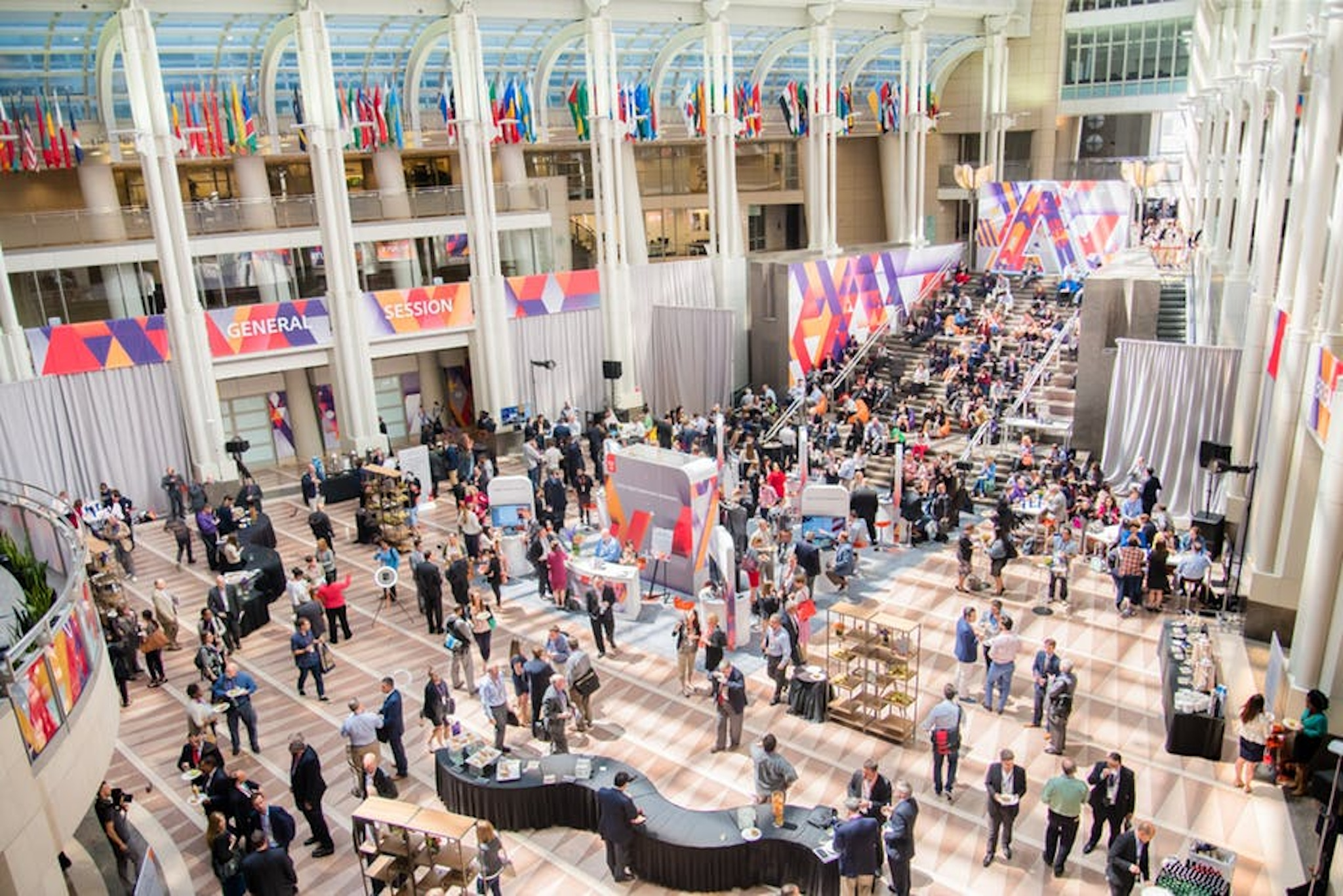 expansive lobby space for washington, d.c. corporate conference events