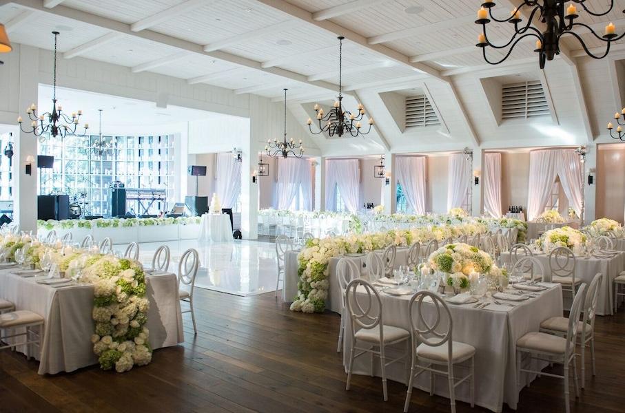 Kiawah wedding floral garland table arrangement