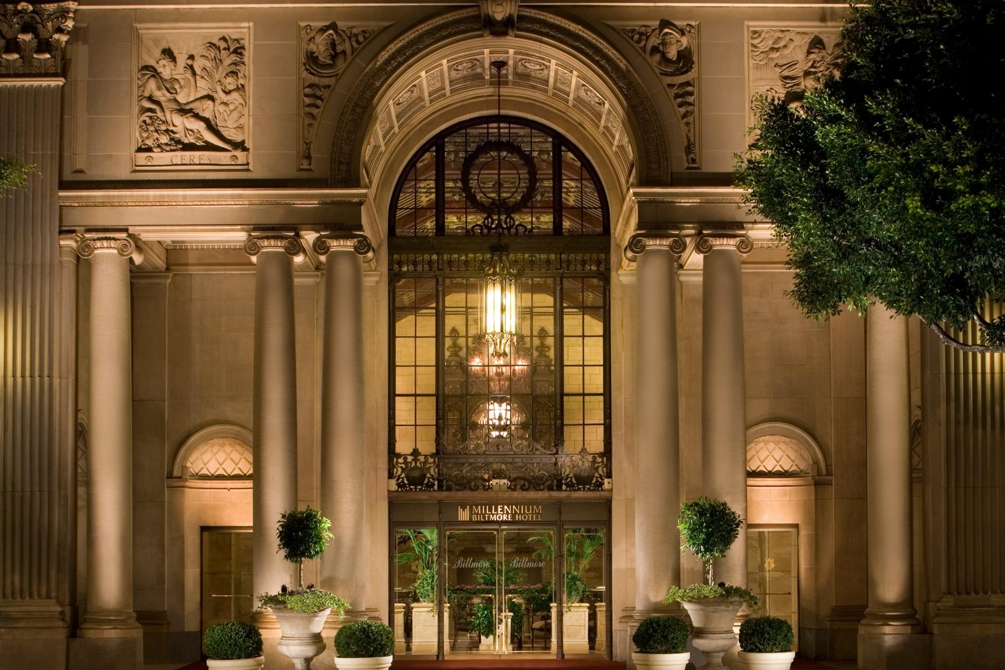 Historic Los Angeles Hotels Millennium Biltmore Hotel