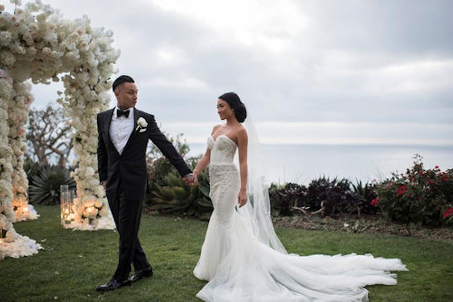 outdoor wedding bride and groom