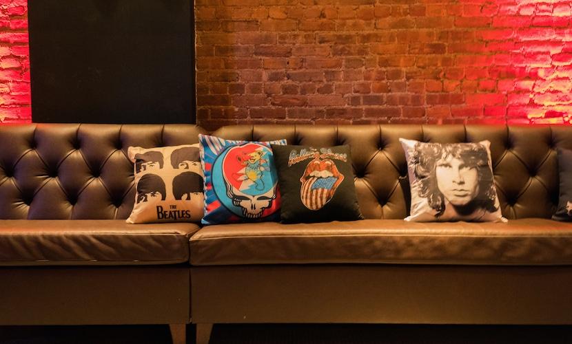 party lounge decor