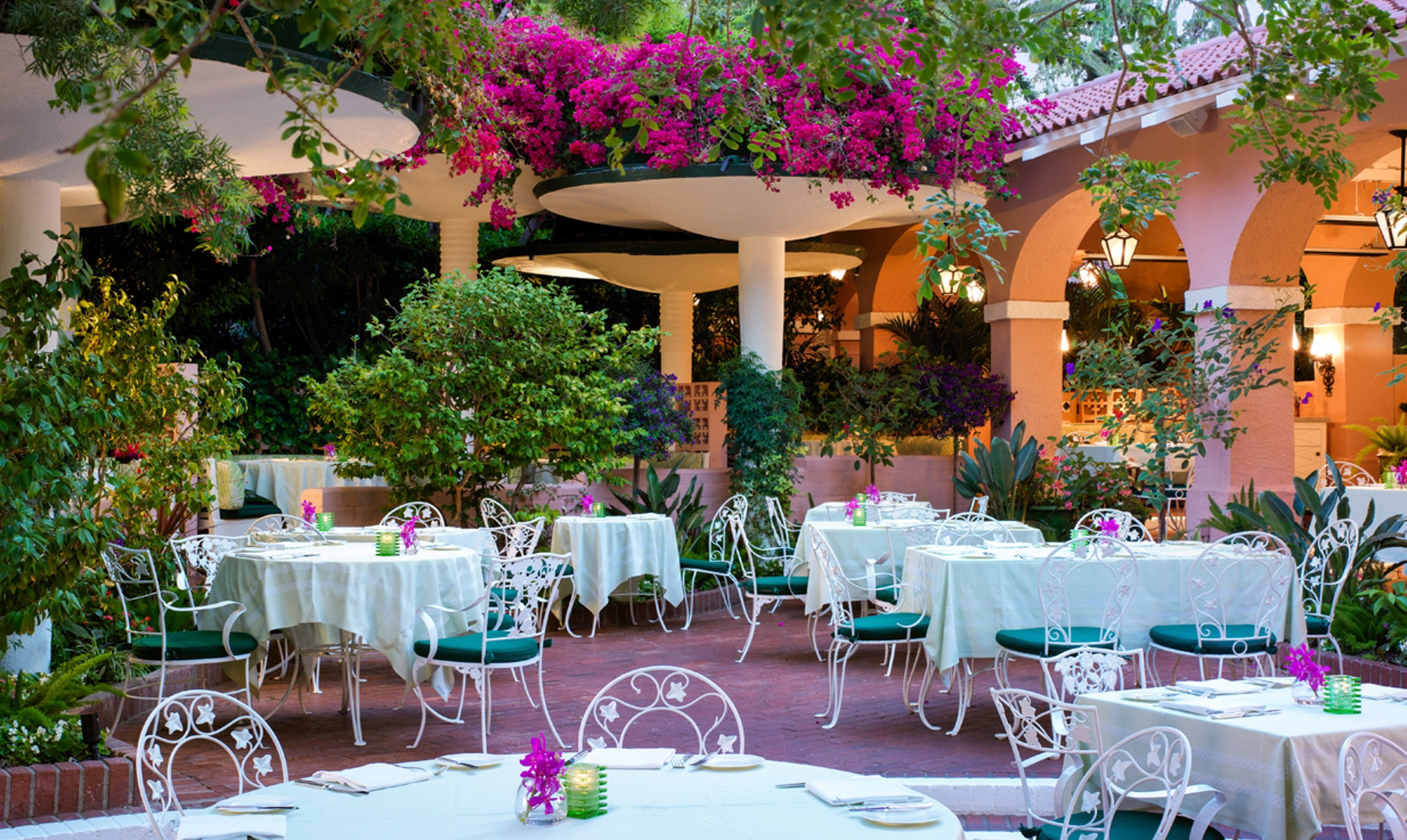 Top Historic Venues in Los Angeles The Beverly Hills Hotel
