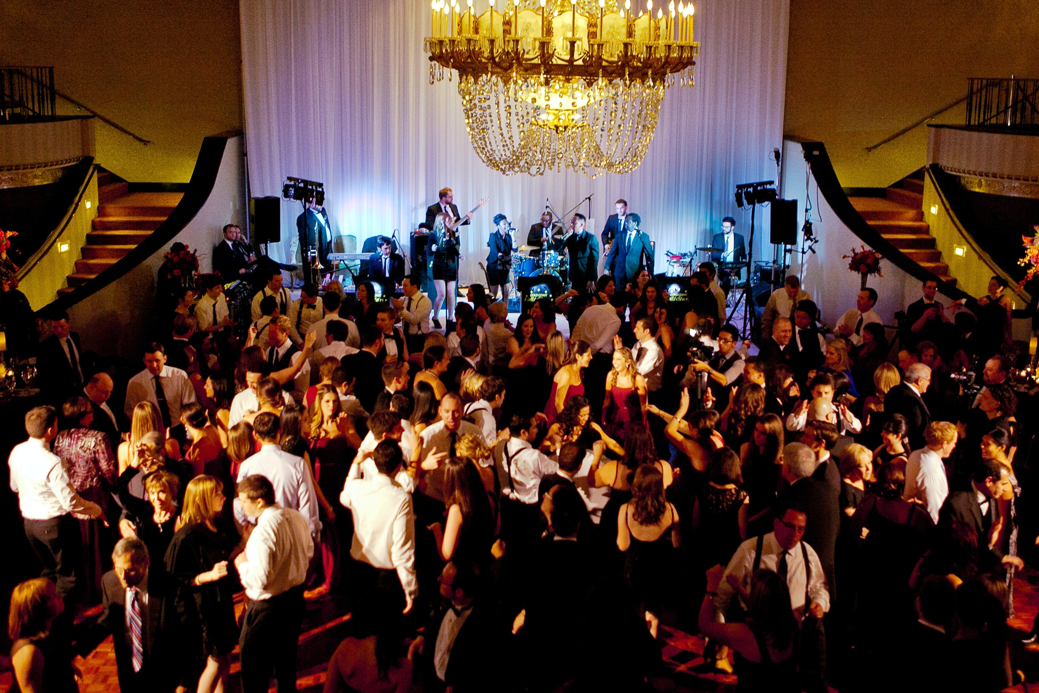 Best Chicago Wedding Bands - THE GOLD COAST ALL STARS