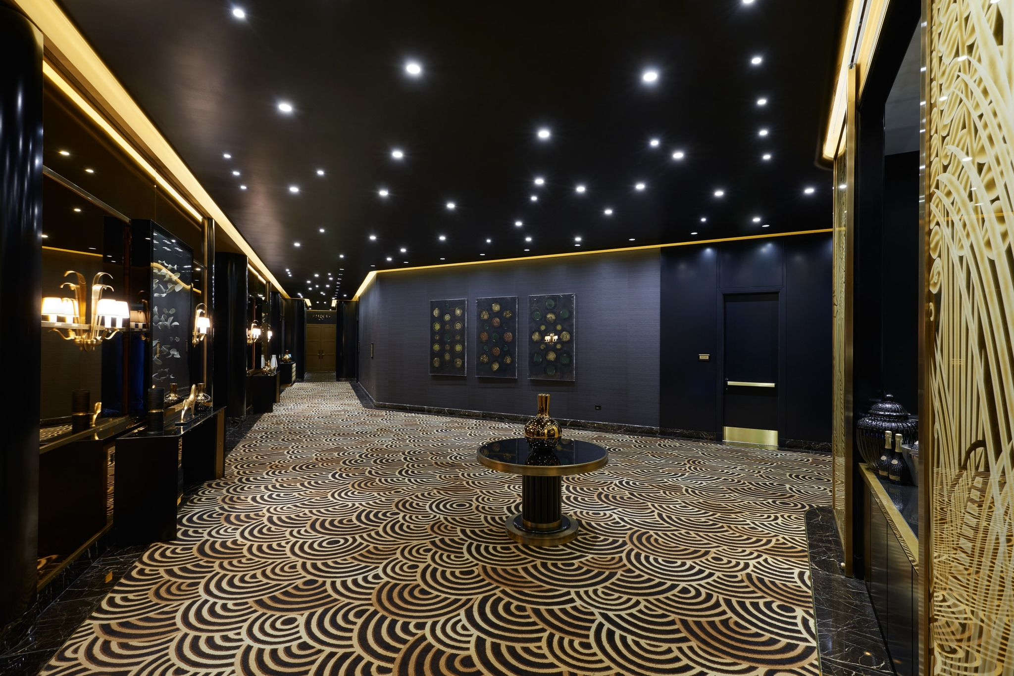 Astor Foyer at the Waldorf Astoria Beverly Hills