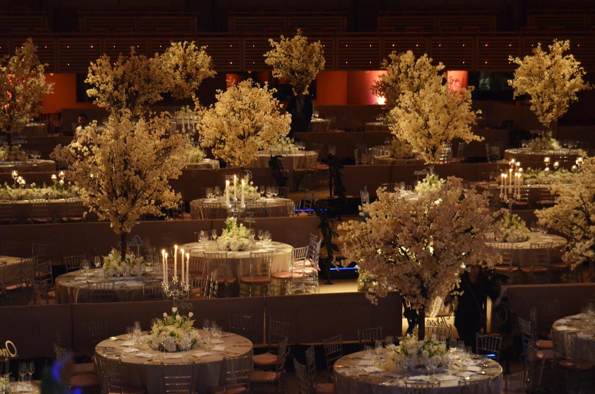 white floral centerpieces