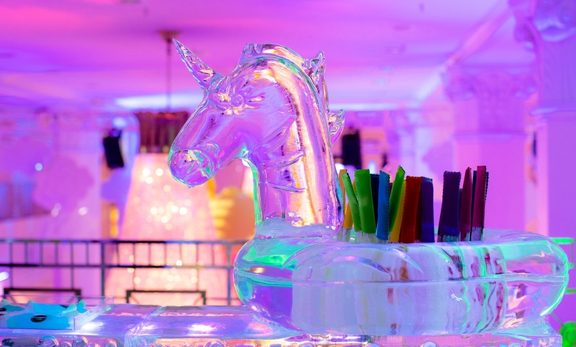 unicorn straw holder