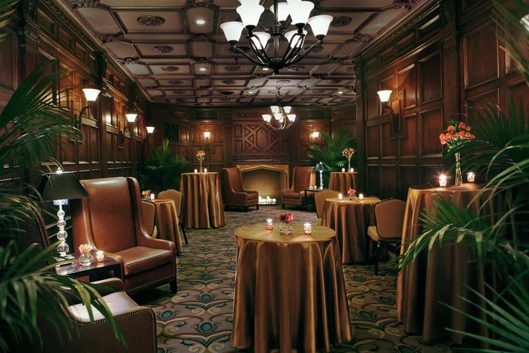 The Cresthill Room at The Palmer House Hilton