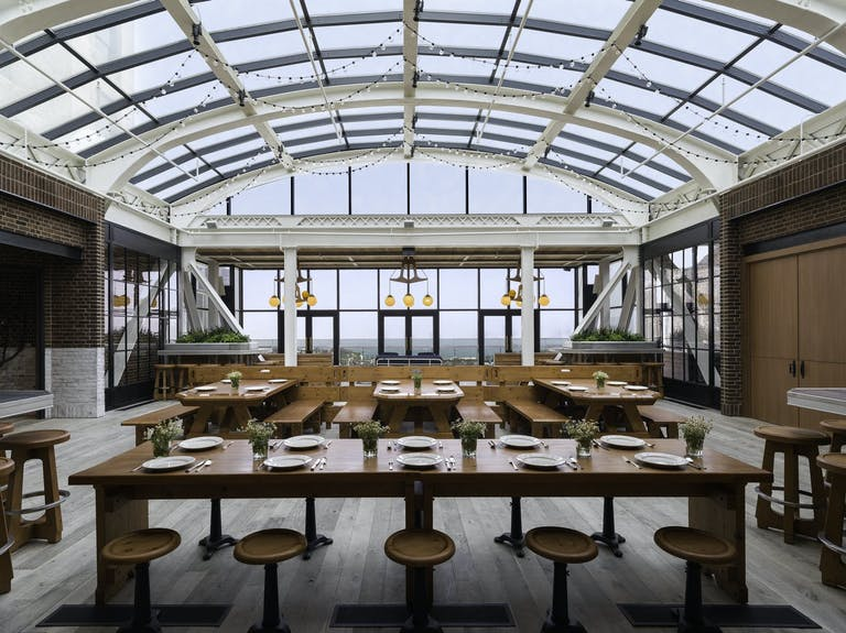 Cindy's Rooftop at The Chicago Athletic Association Hotel