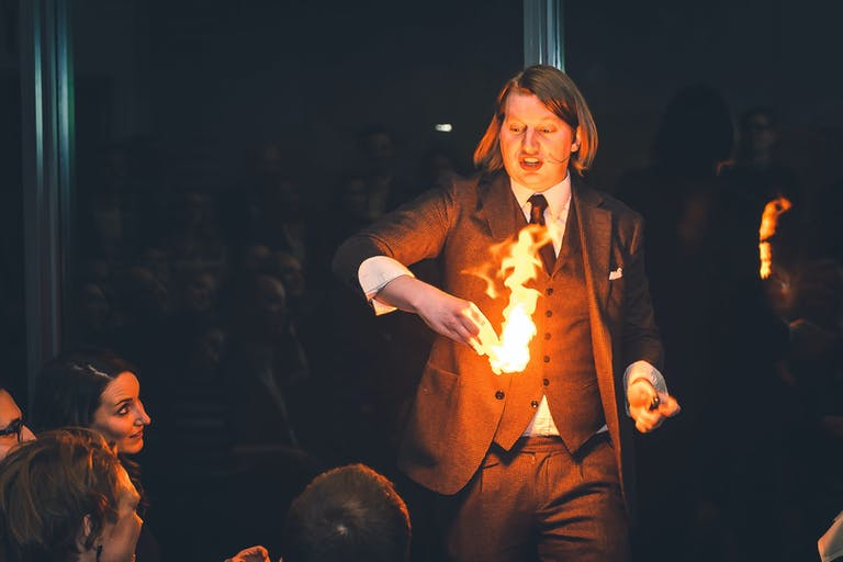 Interactive Chicago Magic Show at Magic Penthouse Chicago, IL | PartySlate