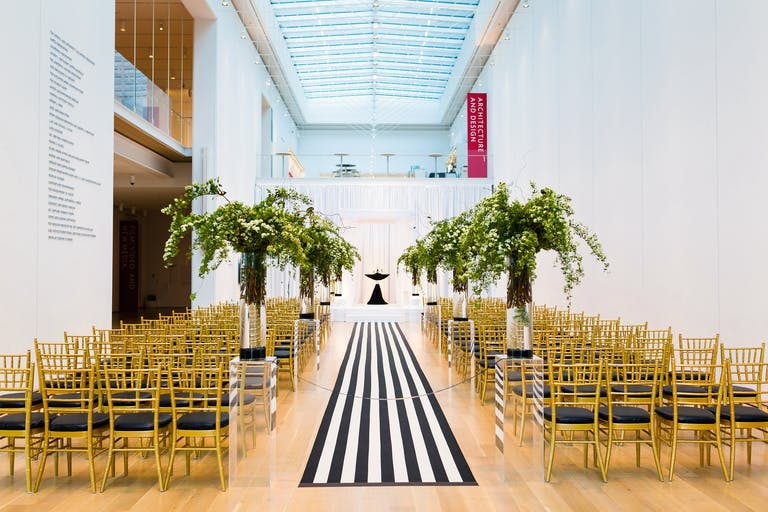 Chic Striped Ceremony at the Art Institute of Chicago With Creative Wedding Aisle Décor