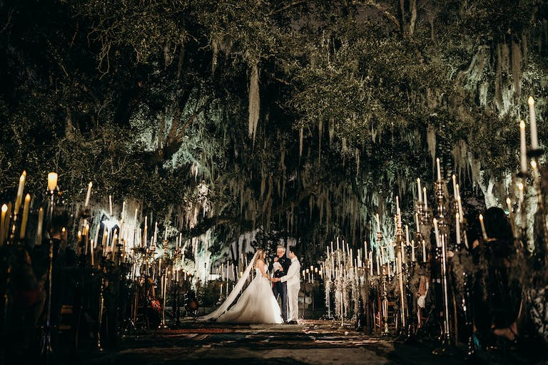 Free-Spirited Musical Extravaganza in NOLA With Candle-Lit Wedding Aisle Décor