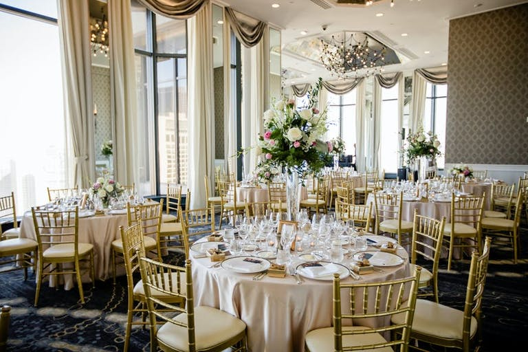 A glamorous San Francisco Wedding Venue with gold accents | PartySlate