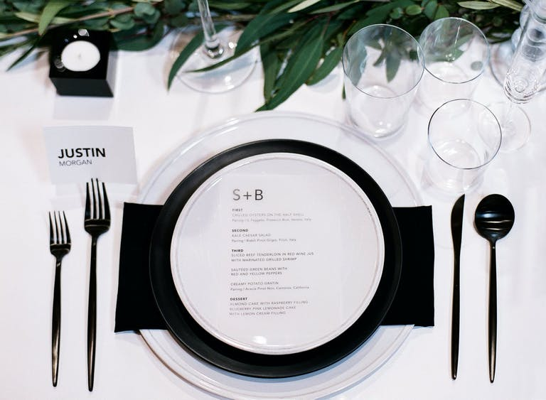 Modern Black and White Wedding Tablescape | PartySlate