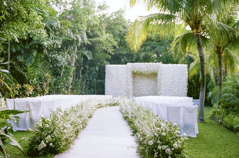 Elegant white beach wedding Top 2020 event | PartySlate