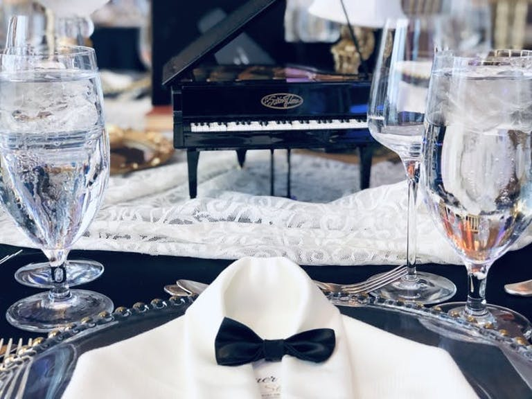 White suite and blow bowtie mini place settings for a Gatsby wedding | PartySlate