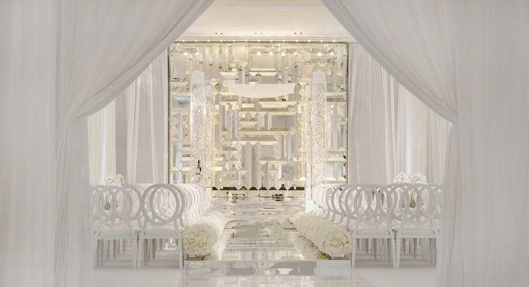 Beautiful all white modern wedding   PartySlate