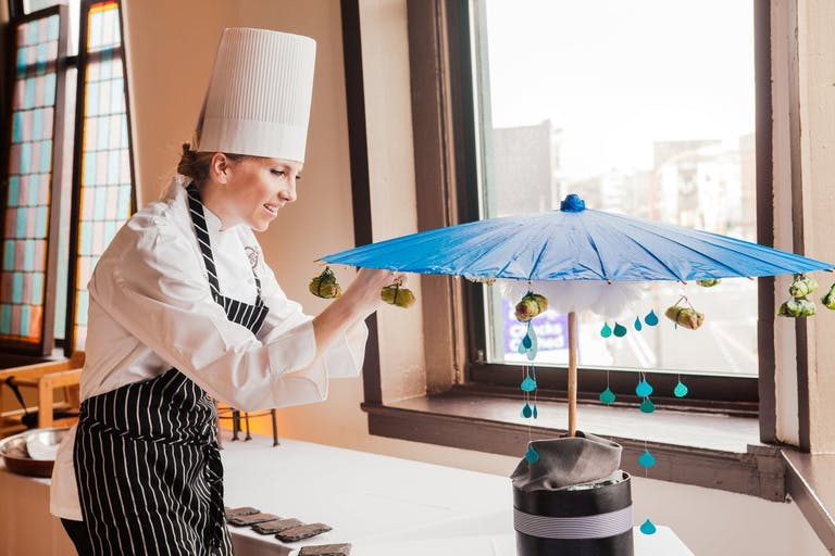 Chef With Umbrella-Structure Cotton Candy Machine | PartySlate