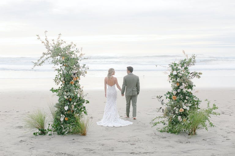 Beach wedding venue in California with beautiful florals | PartySlate