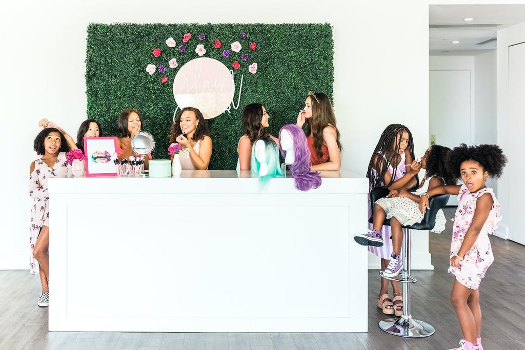 Kylie Jenner-Themed Sweet 16 Party With Makeover Station | PartySlate