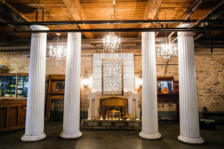 Chic Neutral Toned Wedding Event Space at Savage One in Chicago | PartySlate