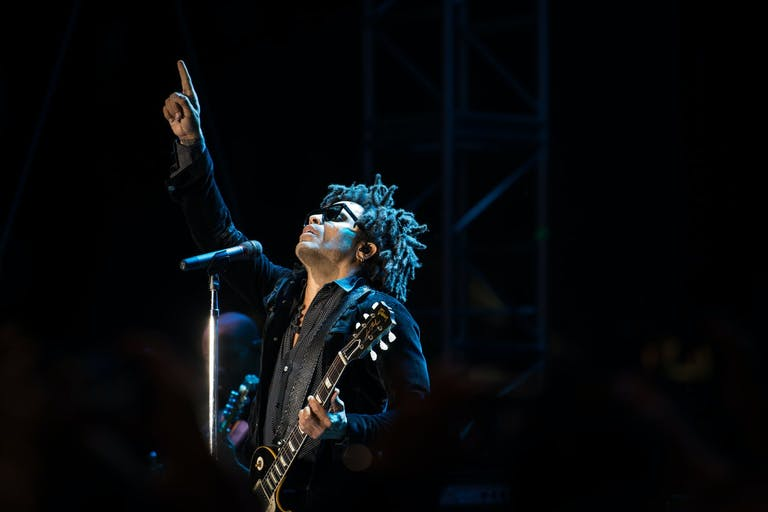 Lenny Kravitz Performs at Caesar's Palace in Las Vegas | PartySlate