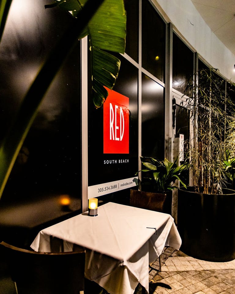 RED South Beach Window and Signage | PartySlate