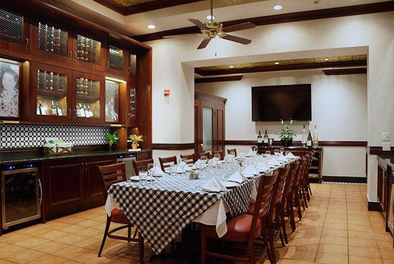 Joe's Stone Crab Miami Beach Private Dining Room | PartySlate