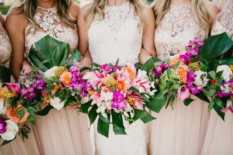 Tropical-Themed Bridal Bouquets | PartySlate