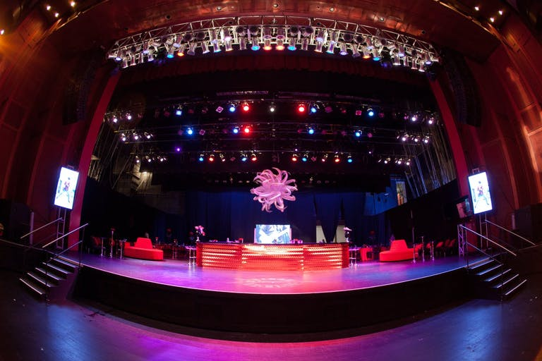 INCREDIBLE ROCK-N-ROLL BAR MITZVAH AT THE FILLMORE IN MIAMI BEACH, FLORIDA | PartySlate