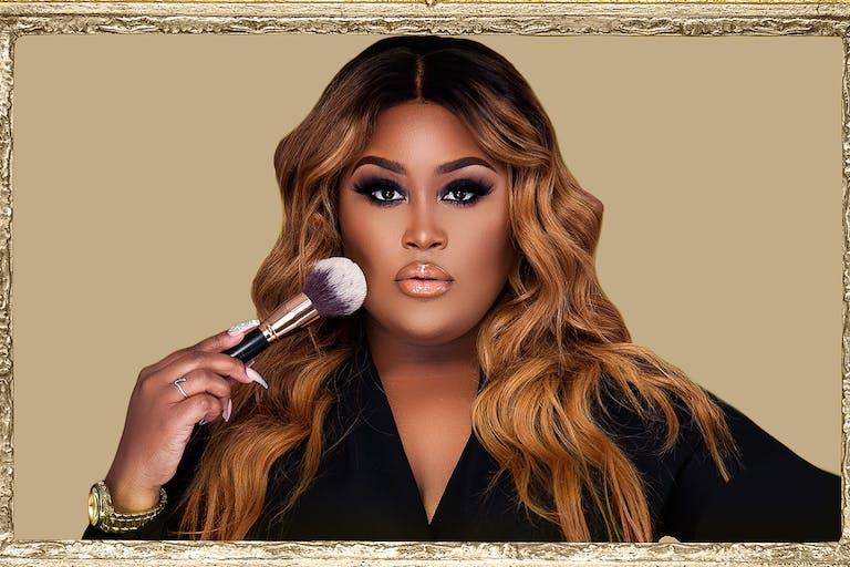 Nikki Faces Makeup Artistry Hold Makeup Brush   PartySlate