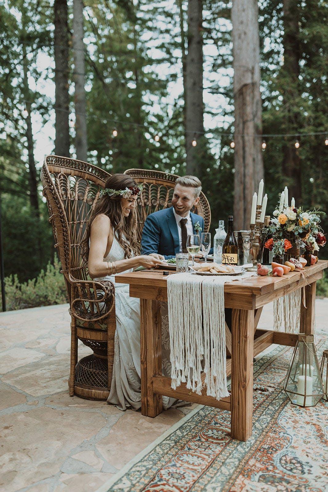 Fresh and Romantic Wedding at Sequoia Retreat Center in Ben Lomond, California