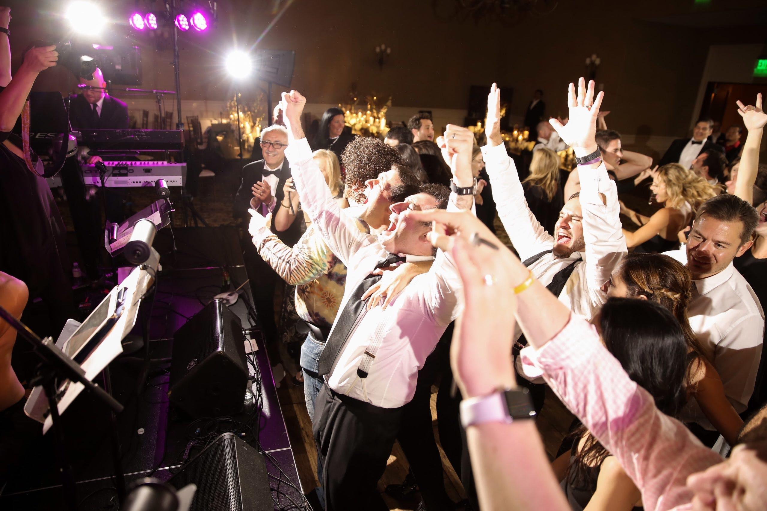 Wedding at Montage Deer Valley crowded dance floor   PartySlate